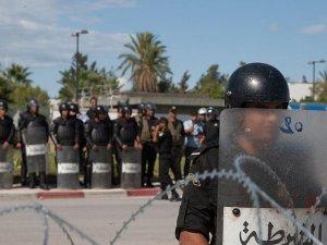 Tunus'ta DAEŞ'e bağlı terör hücresi çökertildi