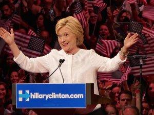 FBI'dan 'Clinton' açıklaması