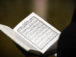 İran'daki Sünnilerin ibadet özgürlüğüne engel