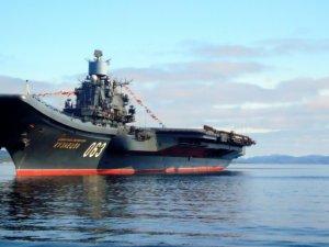 Rus donanmasının en büyük gemisi Akdeniz'e geliyor