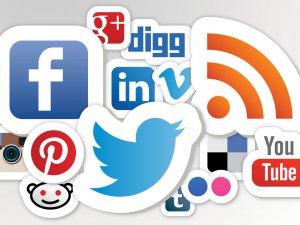 """Sosyal medya üniversitelilerde """"stres"""" yapıyor"""