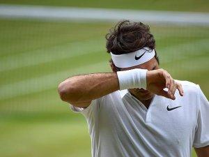 Wimbledon'da Federer elendi
