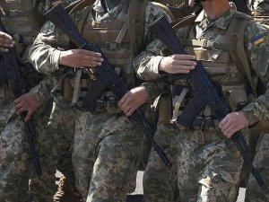 Kanada Ukrayna'ya silah satacak