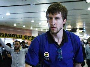 Vesely, Fenerbahçe'de kaldı