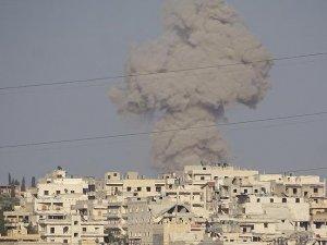 Halep'e vakum bombalı saldırı: 3 ölü 13 yaralı
