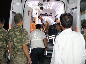 Erzincan'da askeri araç kaza yaptı: 3 asker yaralandı