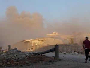 Rus jetleri Halep'te sivilleri vurdu: 4'ü çocuk 19 ölü