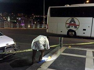 Otobüs terminalinde polislere saldırı: 3 şehit, 3 yaralı