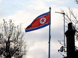 Kuzey Kore komşusunu 'alev denizine' çevirmekle tehdit etti