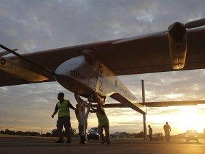 Solar Impulse 2 Mısır'a doğru yola çıktı