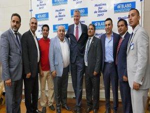 Müslümanlar 'New York'un uzun adamı' için birleşti