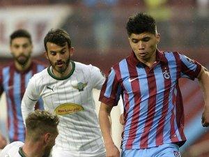 Trabzonspor'da İshak Doğan'ın sözleşmesi feshedildi