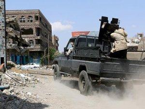 Yemen'de Husiler ve yönetim yanlıları çatıştı: 32 ölü