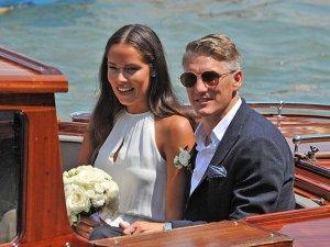 Schweinsteiger ile Ivanovic evlendi