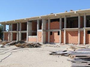 Cihanbeyli'de Gençlik Merkezi inşaatı devam ediyor