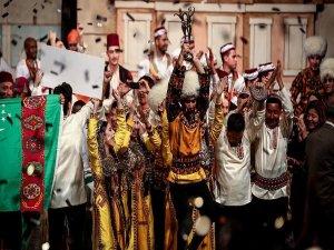 Altın Karagöz Halk Dansları Yarışmasının birincisi Türkmenistan