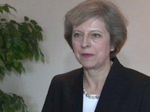 Yeni Başbakan'dan Fransa'ya destek mesajı