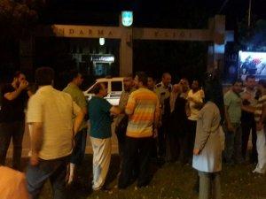 Konya'da vatandaş askeri protesto ediliyor