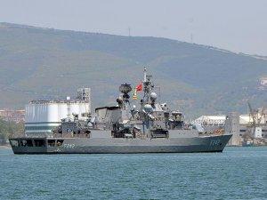 Donanmadan dün denize açıldığı iddia edilen 5 gemi üsse döndü
