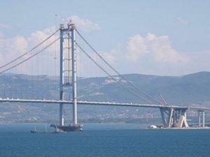 Osmangazi Köprüsü'nü de kapatmışlar