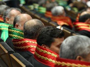 Konya'da 44 hakim ve savcı hakkında gözaltına kararı