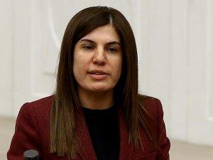 'Bombaları Gazi Meclis'e atanları lanetliyorum'