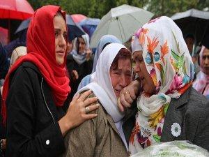 Bosna savaşında kurşuna dizilen kurbanlar anıldı