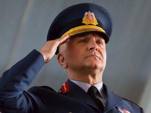 Tuğgeneral Başoğlu darbecilerin emrini yırtıp atmış