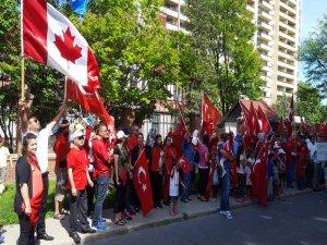 Kanadalı Türklerden FETÖ protestosu