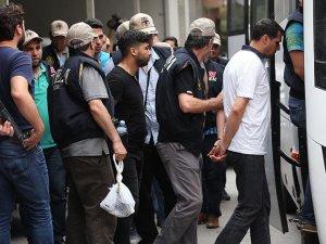 2 bin 474 asker, polis, hakim ve savcı gözaltına alındı