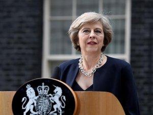 İngiltere Başbakanı May'den darbe girişimi hakkında açıklama