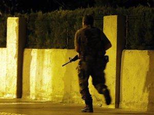 Erdoğan'ın kaldığı otele saldıran FETÖ'cüler her yerde aranıyor