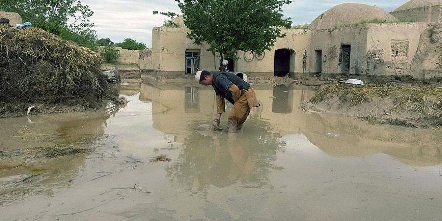 Afganistan'da sel felaketi: 17 ölü