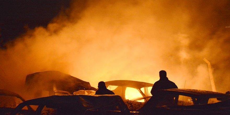 Kırşehir'de hurda araç deposunda yangın