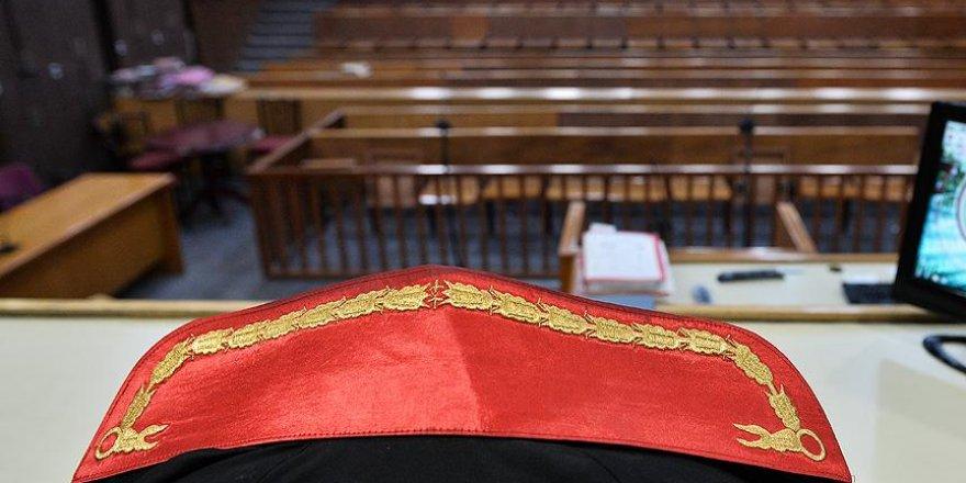7 Askeri Yüksek İdare Mahkemesi üyesinin yetkileri kaldırıldı