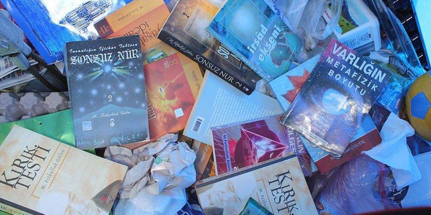 Çöp konteynerinde Gülen'e ait yayınlar bulundu