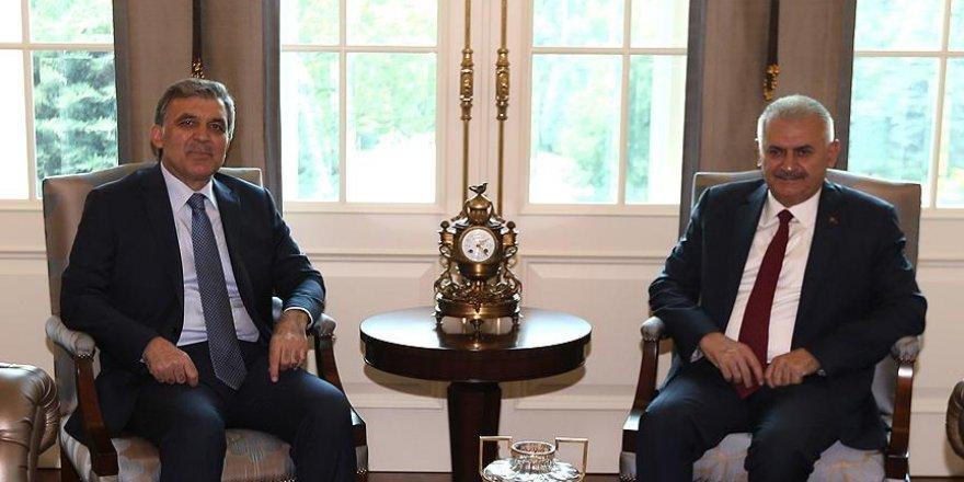 Başbakan Yıldırım, 11. Cumhurbaşkanı Gül ile görüştü