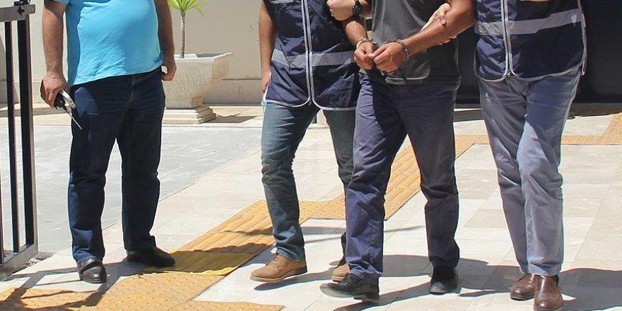 İzmir'de sela okuyan müezzine saldıran 8 kişi tutuklandı