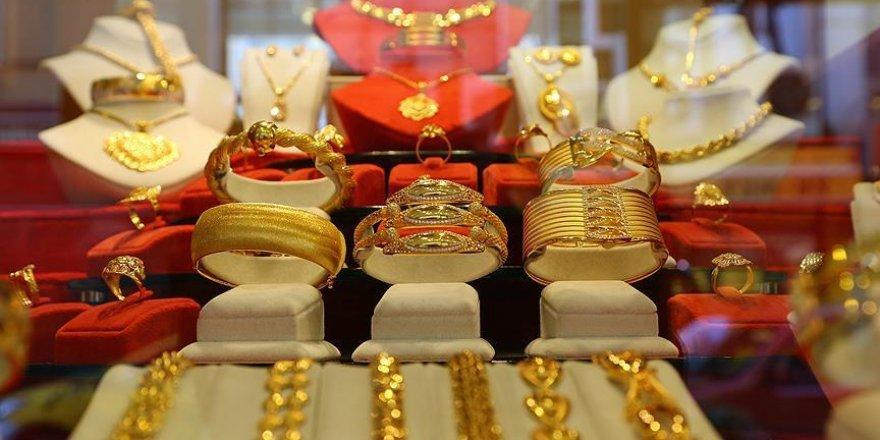Tarihi zirvesini gören altın fiyatları dengelendi