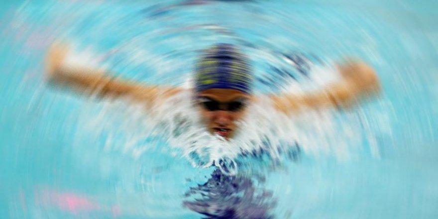 Yüzmede 27 yıl sonra gelen rekor