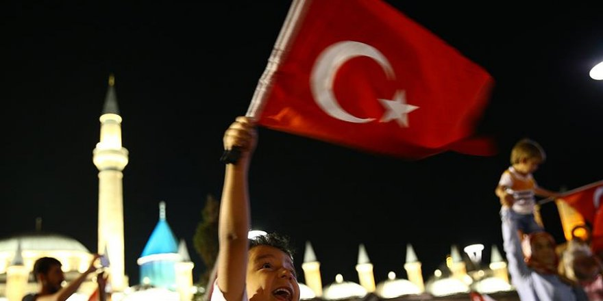 Darbe girişimi gecesi 155 hattına Konya'dan duygulandıran mesajlar