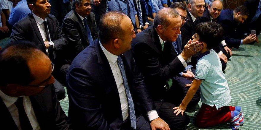 Erdoğan Millet Camisi'nde vatandaşlarla bir araya geldi