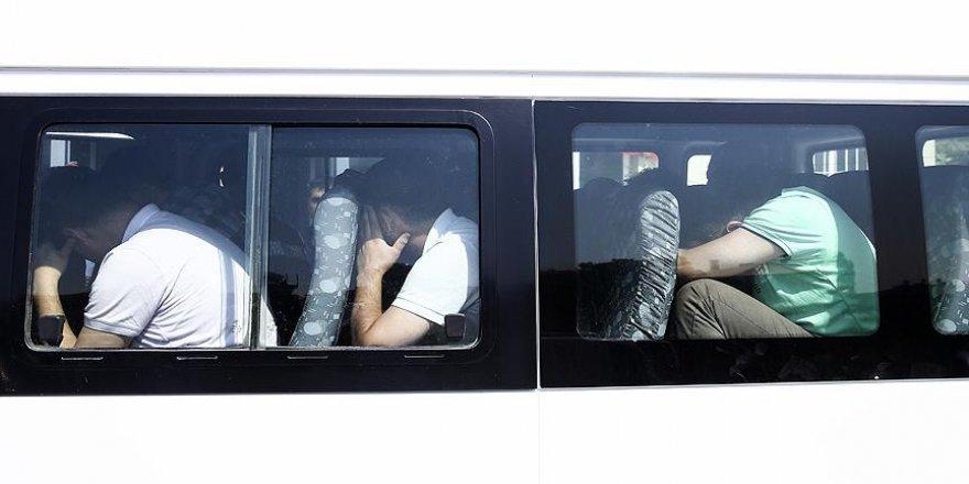 FETÖ'nün darbe girişiminde tutuklu sayısı 3 bin 290'a çıktı