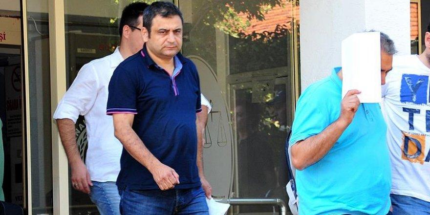 Laçiner'in de aralarında bulunduğu 7 akademisyen tutuklandı