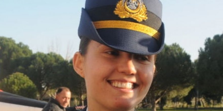 F-16'yı kullanan kadın pilot tutuklandı