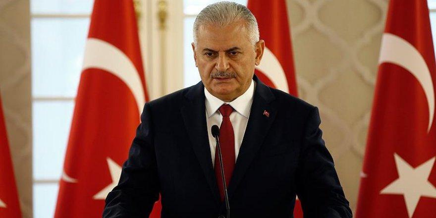Başbakan Yıldırım'dan 'meydanları boş bırakmayın' çağrısı
