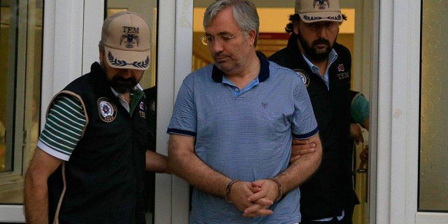 Antalya Vali Yardımcısı Çelik ve Serik ilçesi Kaymakamı Altan tutuklandı