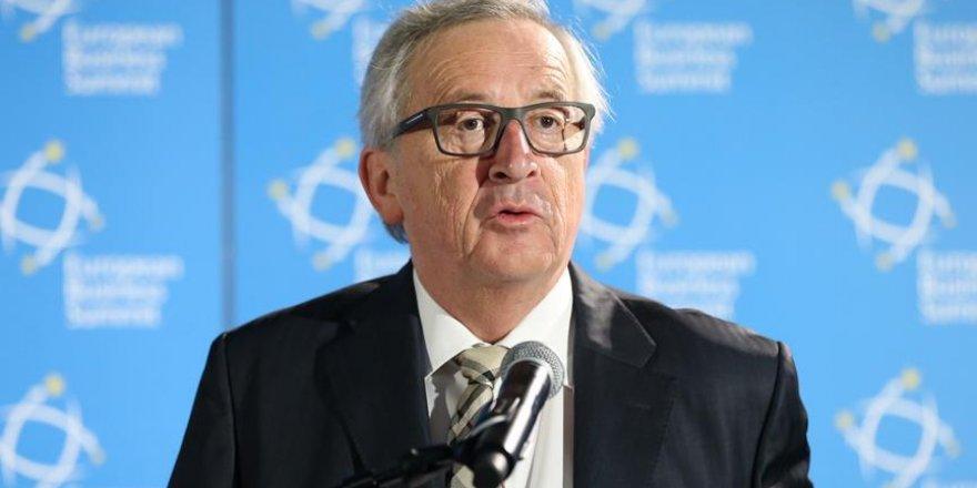 Juncker: Türkiye idam cezasını getirirse müzakereleri durdururuz