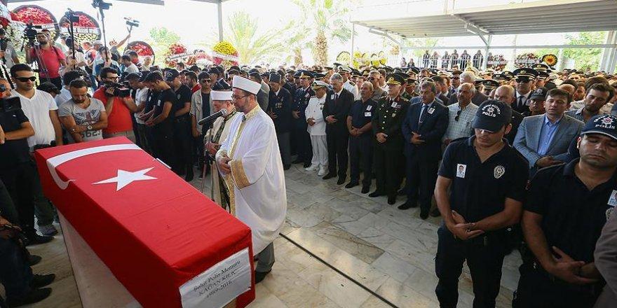 Şehit polis memuru Kılıç son yolculuğuna uğurlandı