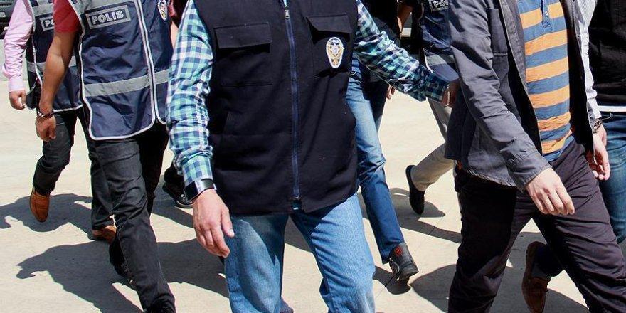 Antalya'da 7 rütbeli asker tutuklandı